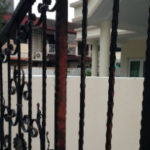 Rust removal from iron gates